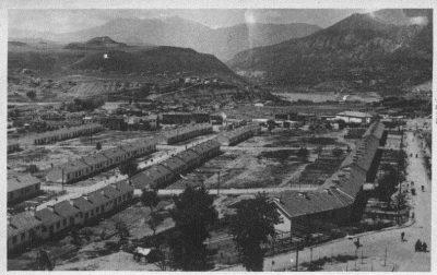 karabük Demir Çelik Fabrikaları kurulduğunda  şimdiki Kent Meydanının bulunduğu 100 evler mahallesi